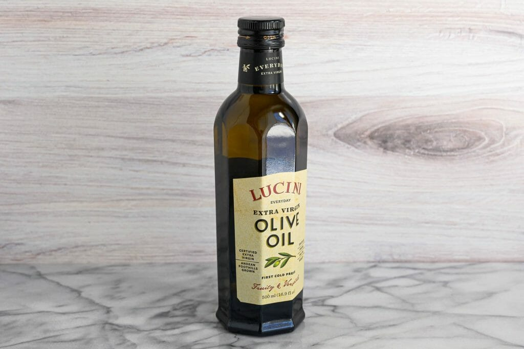Lucini extra virgin olive oil review