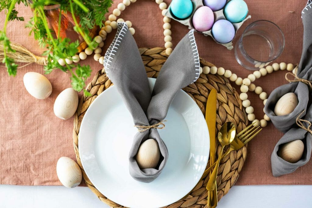 bunny ear napkin place setting