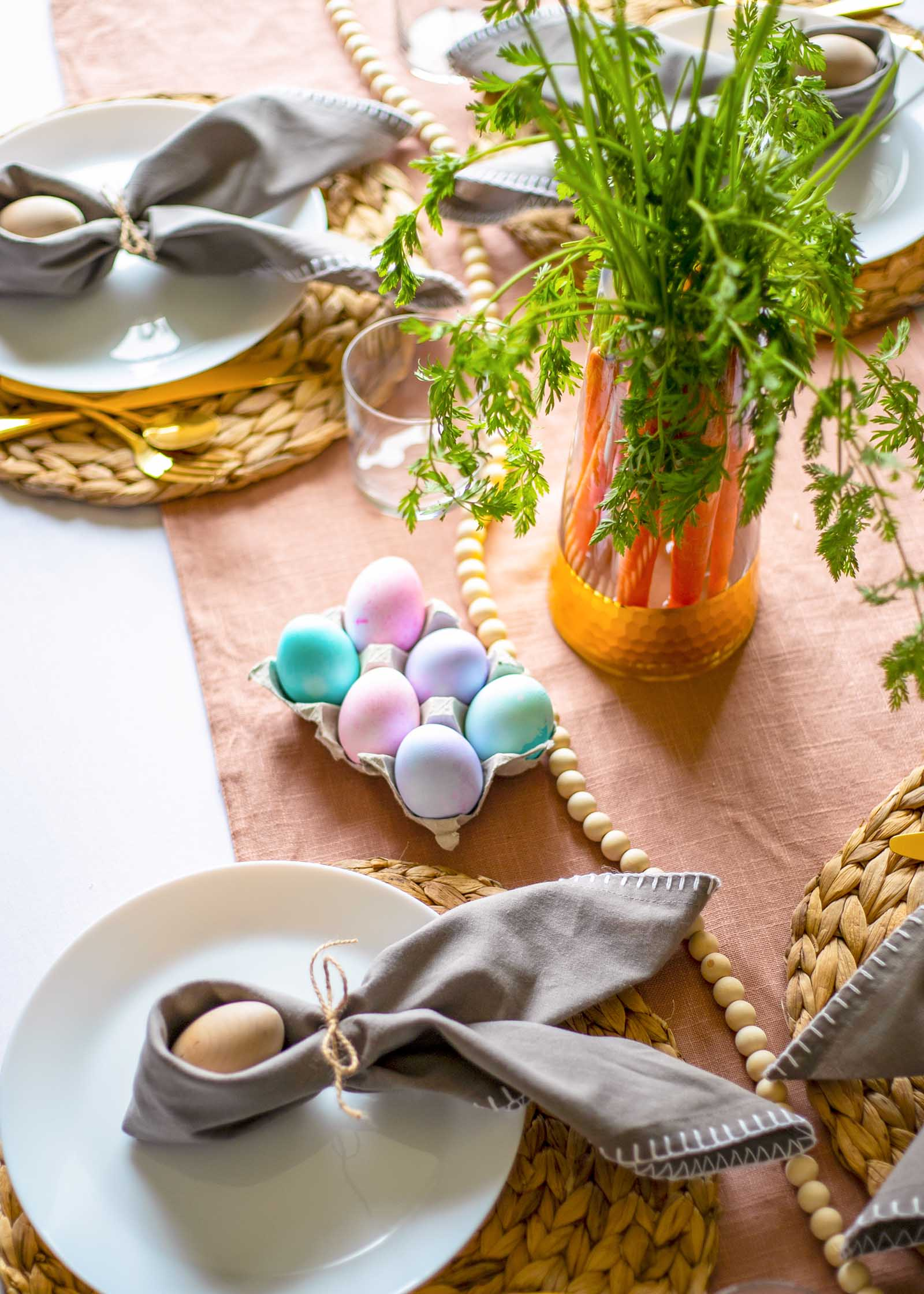 Fun easter table tips